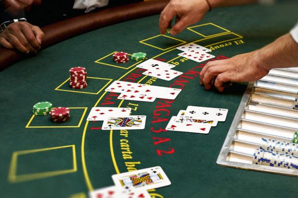 Kinh Nghiệm Chơi Blackjack Giúp Bạn Dễ Dàng Chiến Thắng
